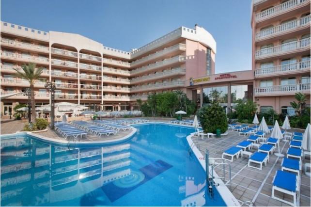 Aparthotel Dorada Palace pool