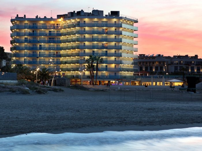 Hotel-Golden-Donaire-beach